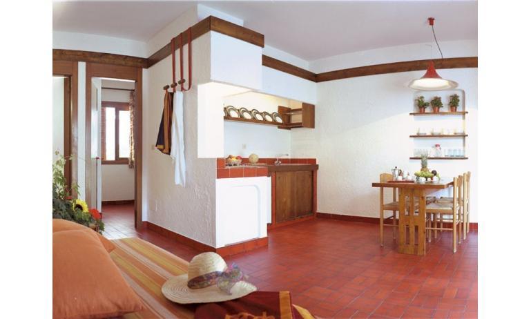 residence LOS NIDOS: Le Rondini angolo cottura (esempio)