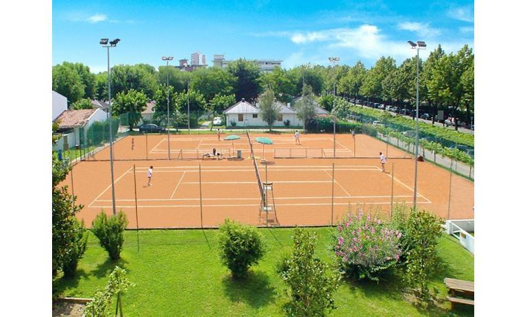 aparthotel ALBATROS: tennis