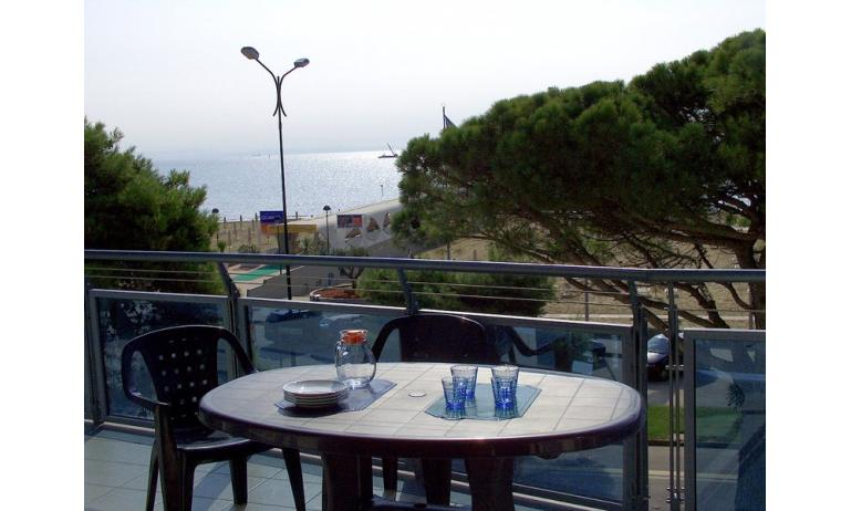 appartament SUN BEACH: balcon (exemple)