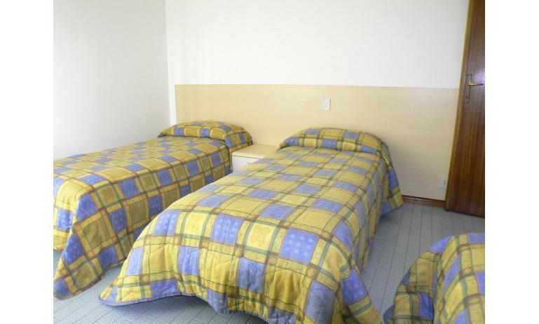 appartament MADDALENA: chambre à 3 lits (exemple)