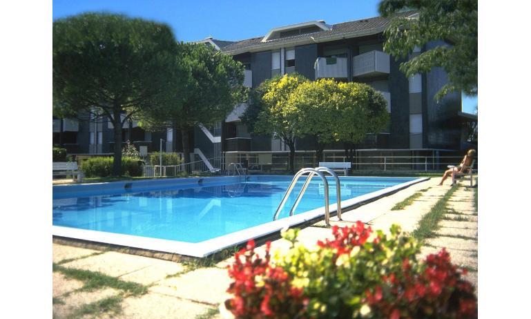 appartamenti MARINA PORTO: piscina