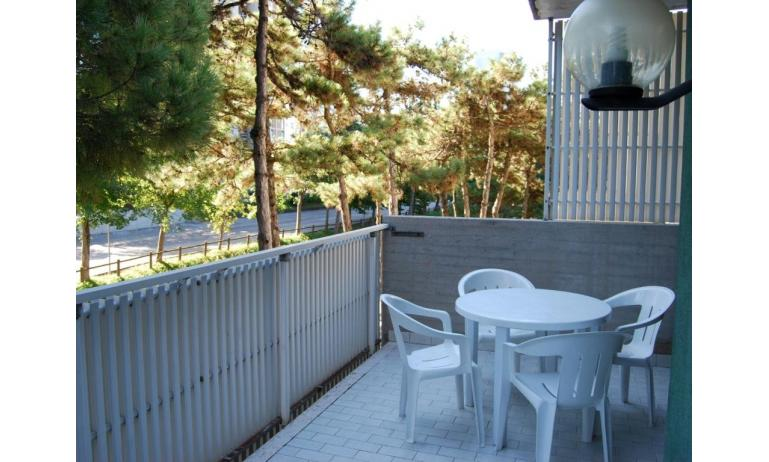 residence ANTARES: balcone (esempio)