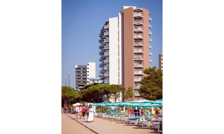 appartamenti BIANCO NERO: esterno