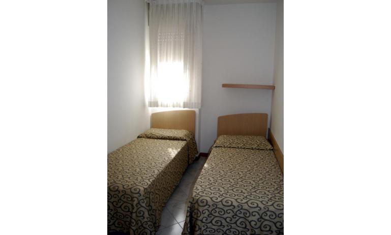 appartamenti BIANCO NERO: camera (esempio)
