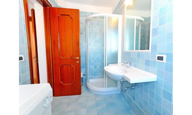 appartamenti BLU RESIDENCE: bagno (esempio)