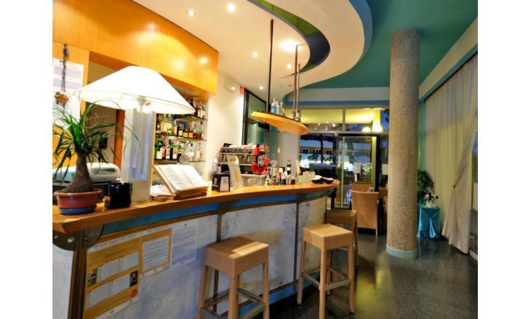 hôtel MEDUSA SPLENDID: bar du hall