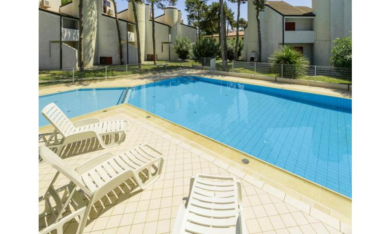 residence HOLIDAY VILLAGE: swimming-pool