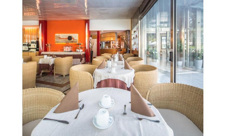 hotel PARK HOTEL: sala colazioni