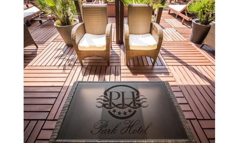 hotel PARK HOTEL: terrace