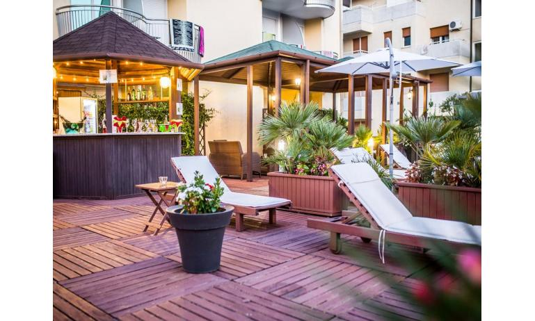 hotel PARK HOTEL: Coffee terrace