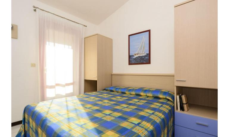 residence HOLIDAY VILLAGE: E9 - double bedroom (example)