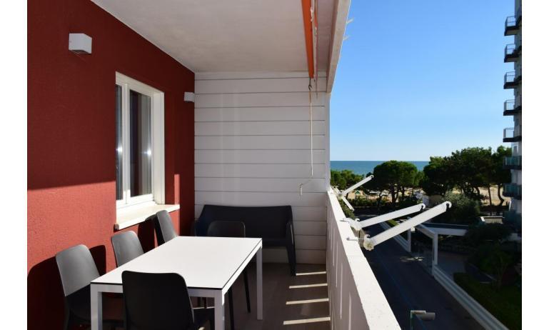 Ferienwohnungen LUNA: B5S - Balkon mit Aussicht (Beispiel)