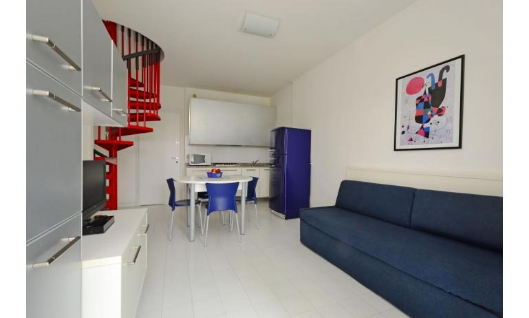 residence PARCO HEMINGWAY: C6 - living room (example)