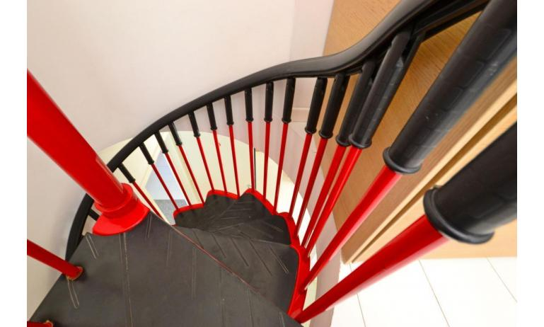 residence PARCO HEMINGWAY: C7 - internal stairs (example)