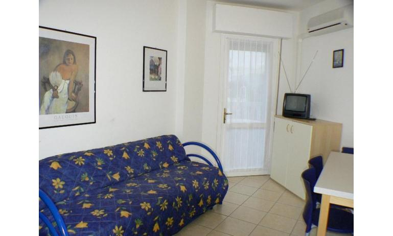 résidence RUBIN: B4 - canapé-lit double (exemple)