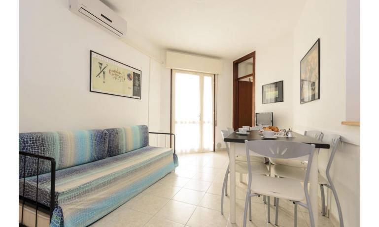 résidence RUBIN: C6 - canapé-lit double (exemple)