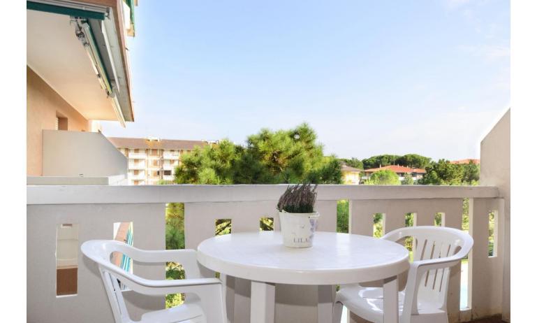 residence SHAKESPEARE: A3 - balcony (example)