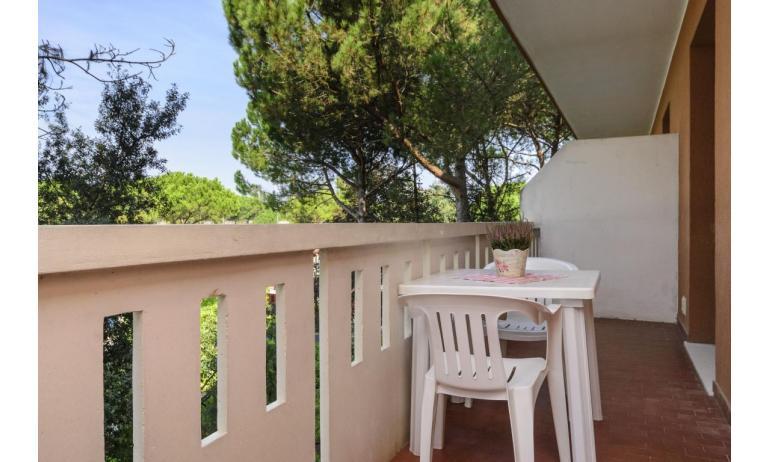 residence SHAKESPEARE: B4 - balcony (example)