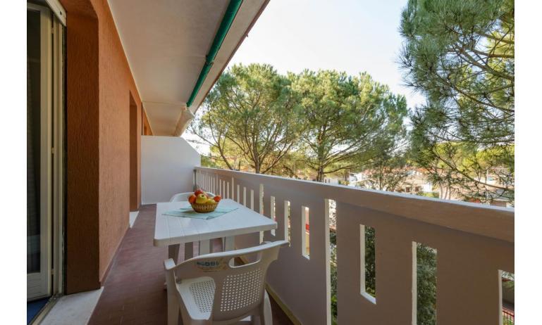 residence SHAKESPEARE: C6 - balcony (example)