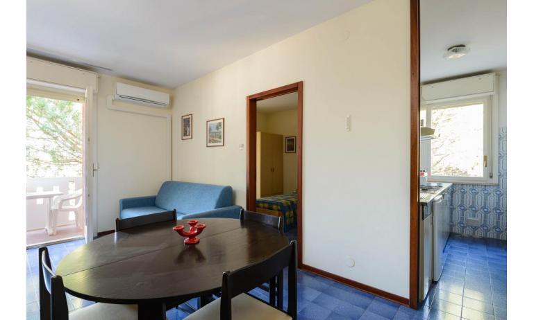 residence SHAKESPEARE: C6 - living room (example)