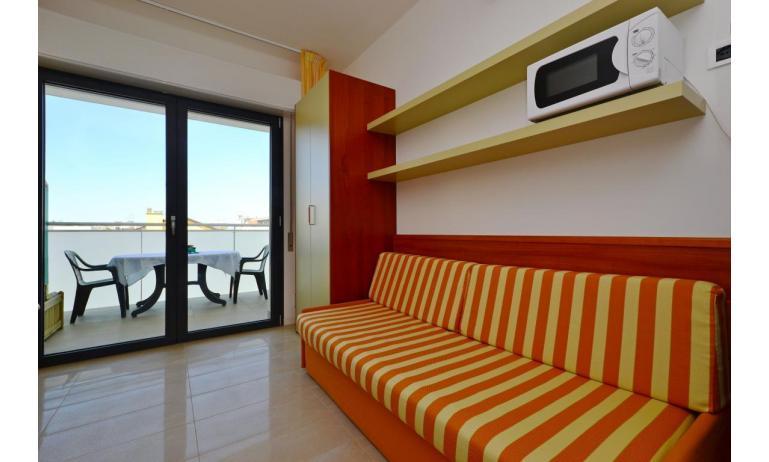 appartamenti VERDE: A2 - divano letto doppio (esempio)
