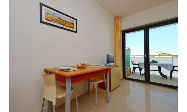 appartamenti VERDE: A2 - balcone (esempio)
