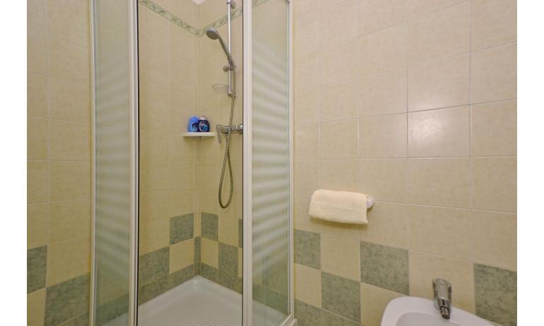 appartamenti VERDE: A2 - box doccia