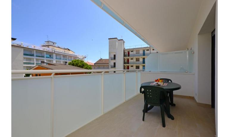appartamenti VERDE: B3 - terrazzo (esempio)