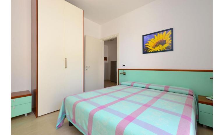 appartamenti VERDE: B4 - camera matrimoniale (esempio)