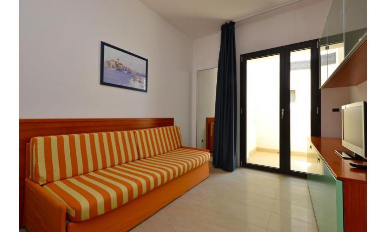 appartamenti VERDE: B4 - divano letto doppio (esempio)