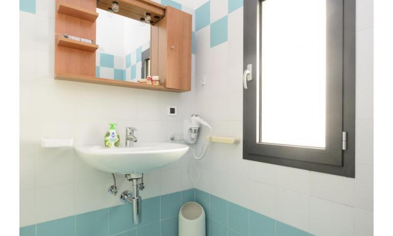 appartamenti VERDE: C6 - bagno (esempio)