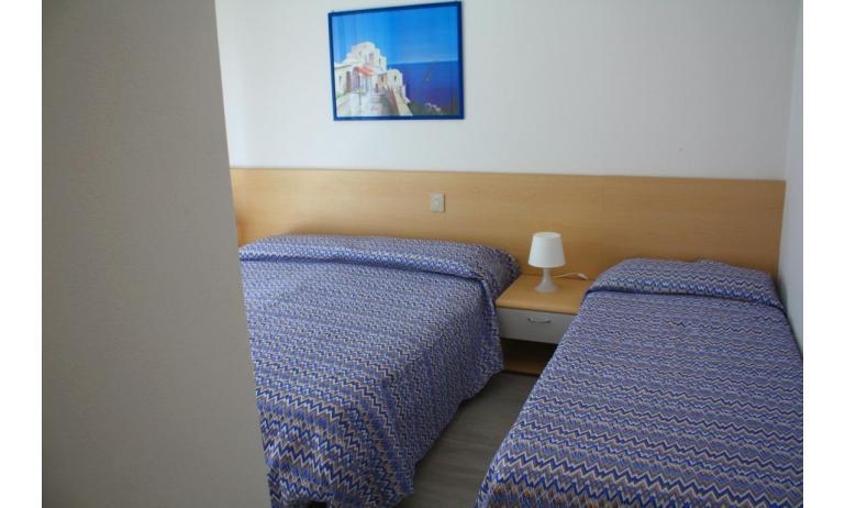 appartament MADDALENA: B4 - chambre à 3 lits (exemple)