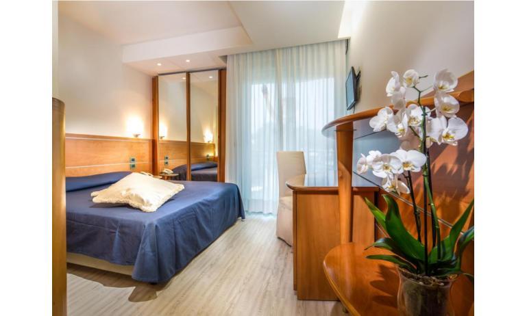 hotel PARK HOTEL: Basic - bedroom (example)