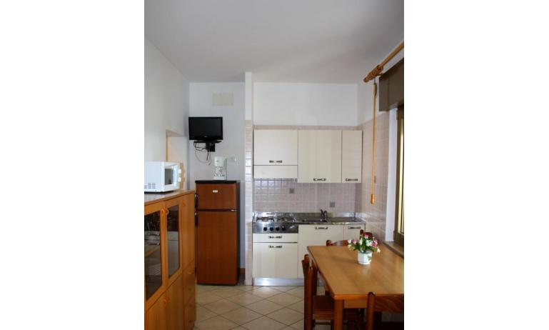apartments VILLA NODARI: C5 - kitchenette (example)