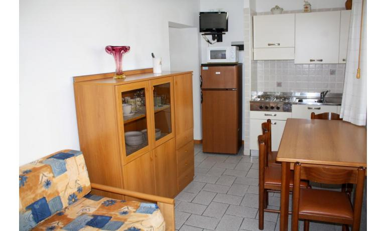 apartments VILLA NODARI: C5/T - kitchenette (example)