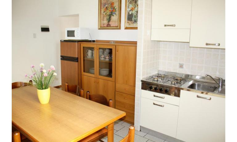 apartments VILLA NODARI: C7 - kitchenette (example)