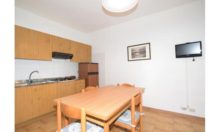appartamenti VILLA FIORE CARINZIA: B4 - angolo cottura (esempio)