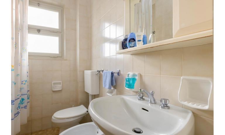 appartamenti VILLA LUISA: B4 - bagno (esempio)