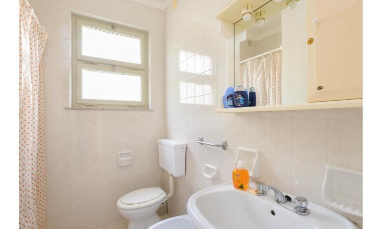appartamenti VILLA LUISA: C5 - bagno (esempio)