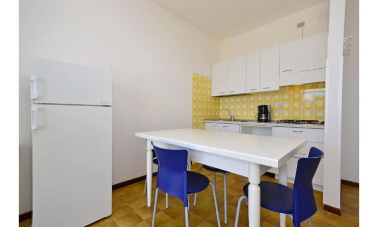 appartamenti SPIAGGIA: B4 - angolo cottura (esempio)