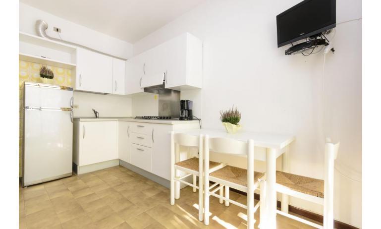 appartamenti SPIAGGIA: C5 - angolo cottura (esempio)