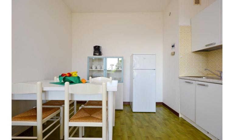 appartamenti MARINA PORTO: B4 - zona giorno