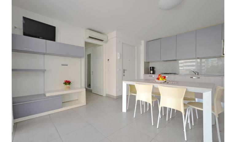 apartmanok MARE: C8 - konyhasarok (példa)