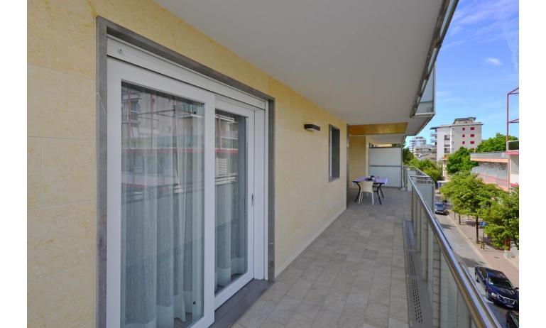 apartmanok MARE: C8 - erkély (példa)
