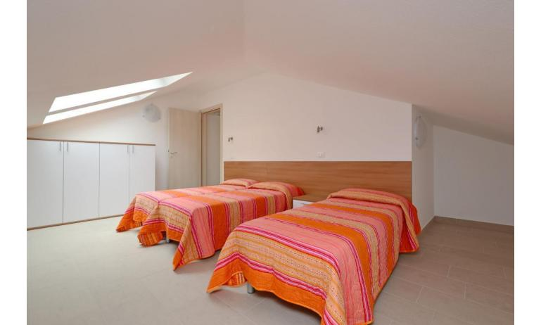 apartments FIORE: B4 - 3-beds room (example)