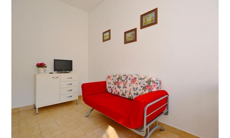 appartament JUPITER: B4 - canapé-lit double (exemple)