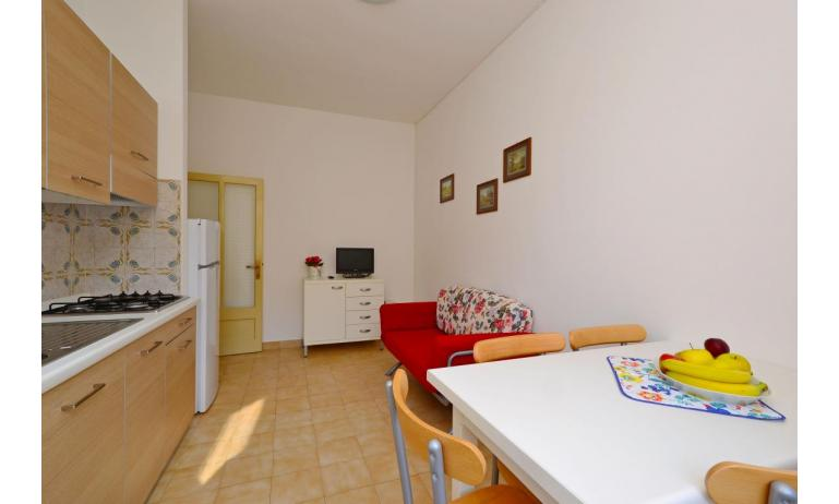 appartament JUPITER: B4 - salon (exemple)