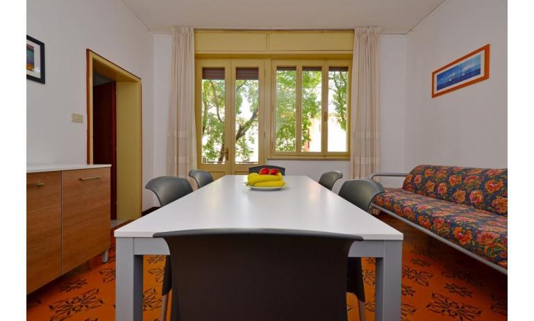 appartament JUPITER: D8 - canapé-lit (exemple)