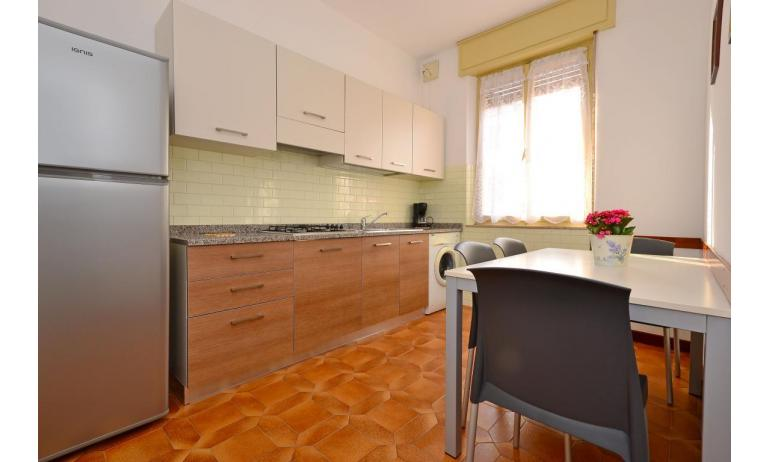 appartament JUPITER: D8 - cuisine (exemple)