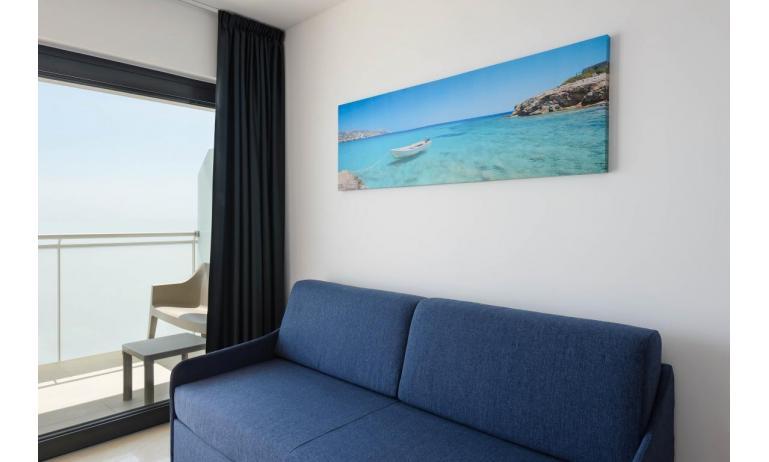 appartamenti VERDE: C6x - divano letto doppio (esempio)